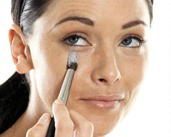 Eye Makeup Tips To Get Rid of Dark Circles