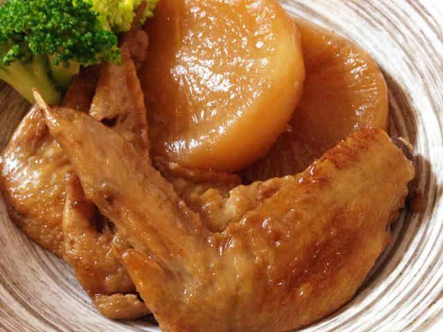 お酢で柔らか♡鶏手羽先と大根のさっぱり煮の画像