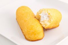 Homemade Twinkies recipe ~ a benefit to making your own homemade Hostess treats is the ability to swap out certain ingredients to make them healthier, if you so wish