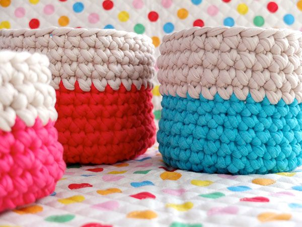 instructions to crochet nesting baskets with zpagetti yarn