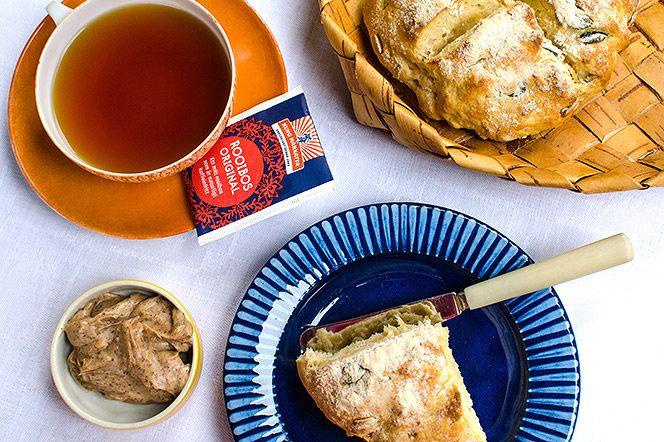 Klassiska scones med kanelsmör | Kung Markatta - kungen av ekologiskt. Finns det något underbarare än att vakna upp till doften av nybakt bröd? En snabb och matig frukost som väcker sjusovare med sin väldoft.