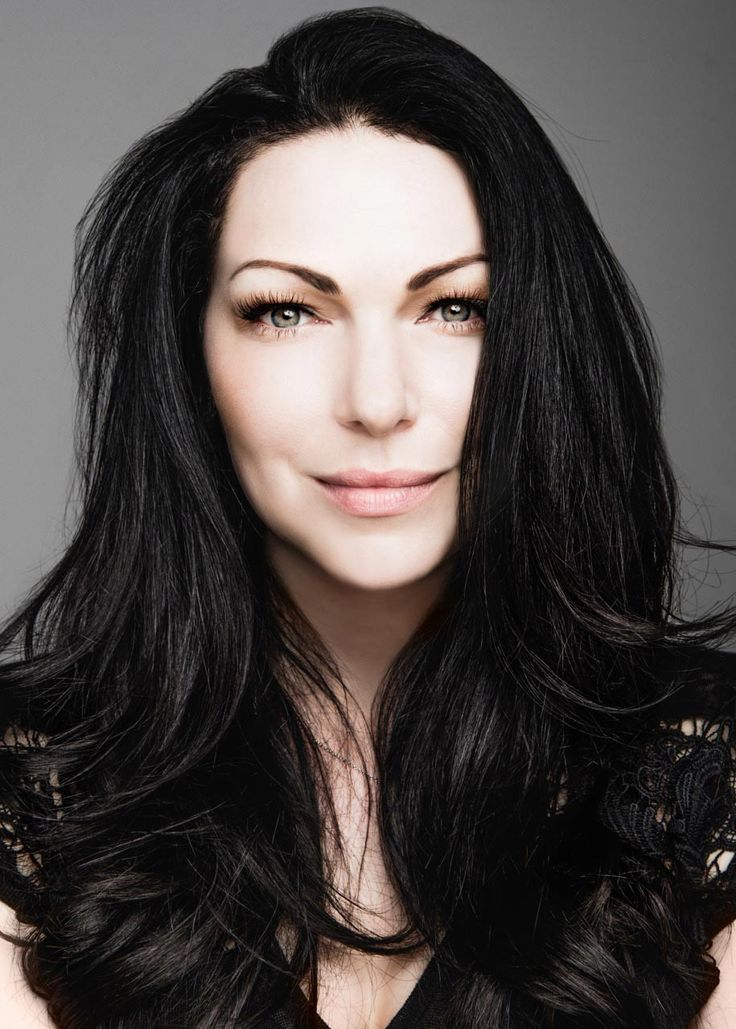 Glam Gallery - Laura Prepon