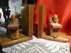 2 tolle alte Buchstützen Holz Skulptur Mönch Klo…