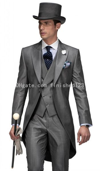 I found some amazing stuff, open it to learn more! Don't wait:http://m.dhgate.com/product/double-breasted-gray-tailcoat-groom-tuxedos/214119561.html