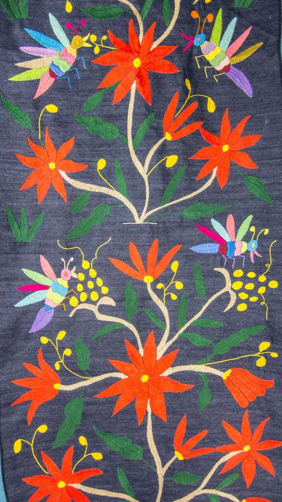 Mexican textile, Otomi fabric, table runner, hand embroidered, 100% cotton TR245 #OtomiTextilesFabric