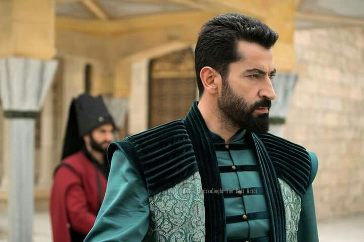 Pin By Turkish Series And Celebrities On Turkish Actors Fantasy Costumes Style Guides Turkish Actors