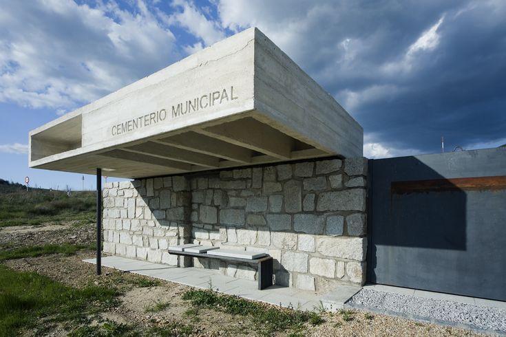 Galería de Columbario en Robregordo / MUKA Arquitectura - 1