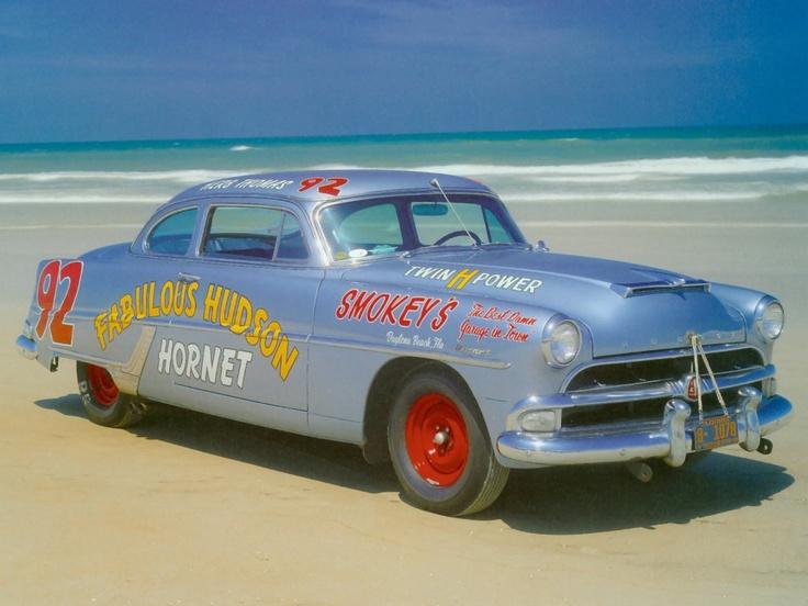 #92 Herb Thomas - Fabulous Hudson Hornet 1954
