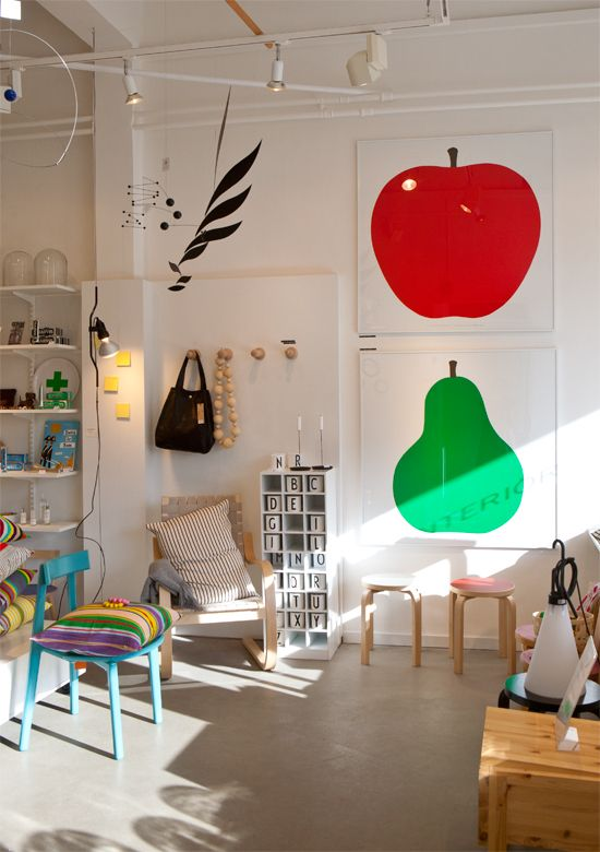 Children's room - Enzo Mari apple and pear print