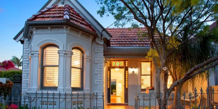 Beautifully renovated, sunny garden, facade, Victorian freestanding residence, original detail, north east aspect