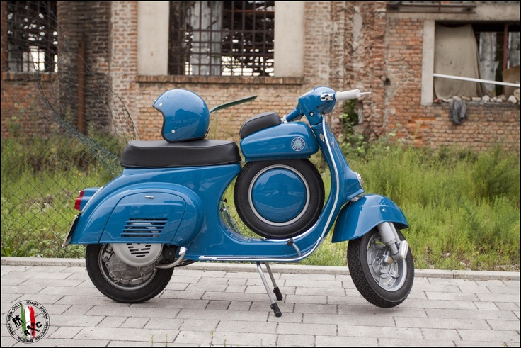Vespa SS 90 by Remastered Cycle, Brescia, Italia.