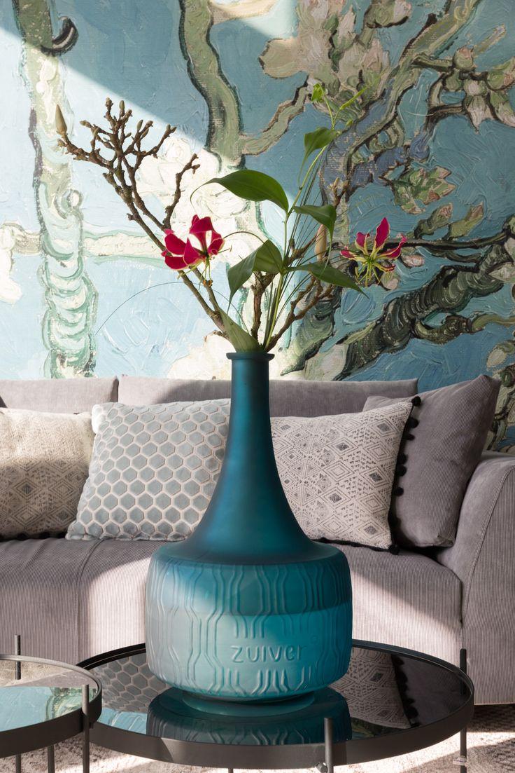 Field flower vase