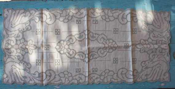 Vintage Lace Table Runner Doily Table Mat by BelladonaVintage