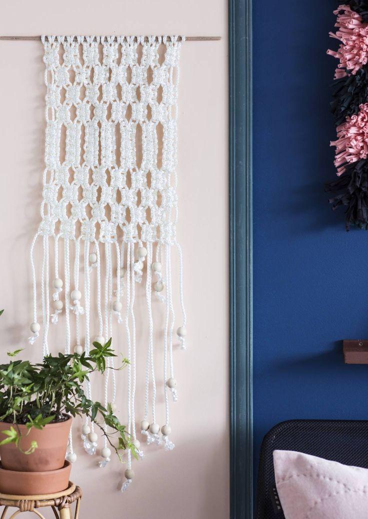 Makramee-seinävaate ja värikäs räsyryijy ovat paljon helpompia tehdä kuin ensisilmäyksellä uskoisi. Katso ohjeet tästä!