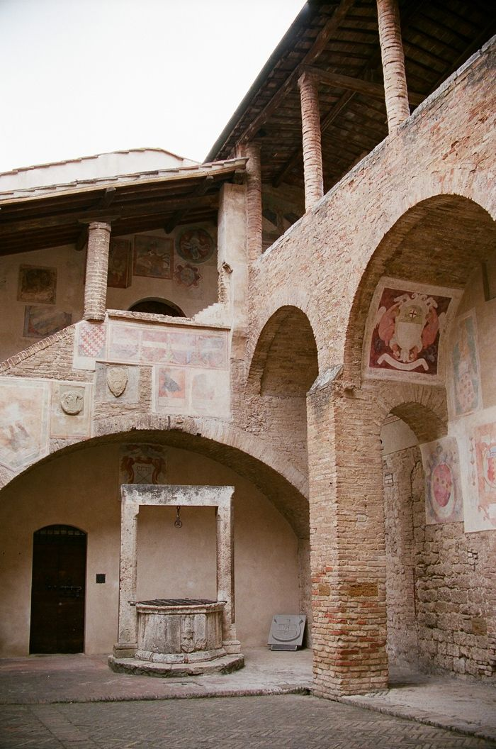 intimate wedding venues south england%0A Rachel and Joseph u    s Destination Wedding in Tuscany