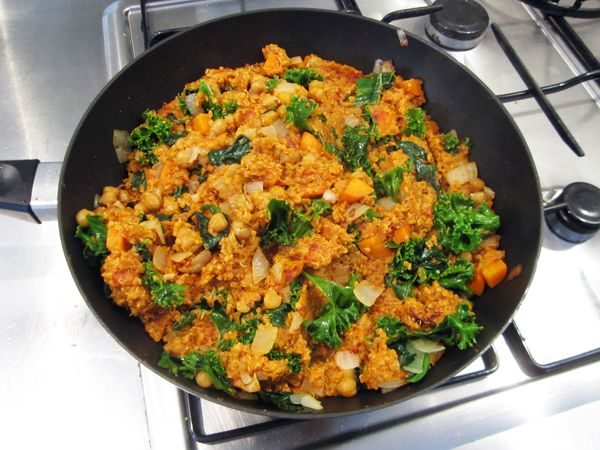 Quick & Easy Curry Quinoa - quinoa, diced tomatoes, curry powder, tomato pass, onion, garlic, carrot, chickpeas, greens, cilantro, coconut milk and oil (could do without)