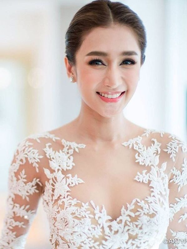All 5 of This Thai Actress's Wedding Dresses Are Gorgeous via @WhoWhatWear