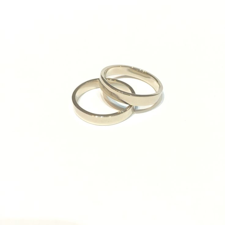 18ct white gold wedding rings , custom order . Special couple