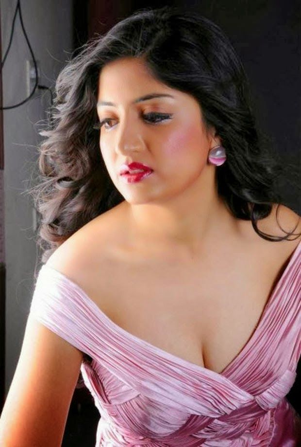 Tamil Actress Poonam Kaur Hot Pictures, Poonam Kaur Black Dress Spicy Stills, South Indian Actress Poonam Kaur Exclusive Photoshoot Stills, Actress Poonam Kaur in Transparent Dress Spicy Photos.