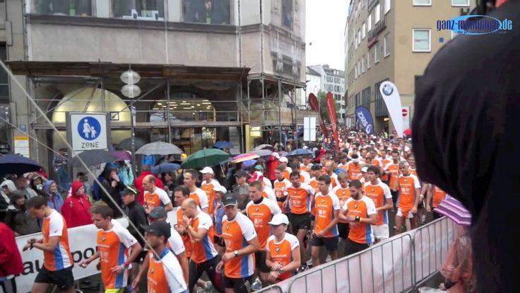 SportScheck Stadtlauf München 2014: Start Halbmarathon 1. Gruppe @ Marienplatz