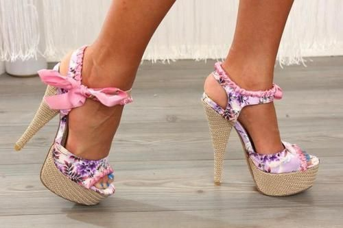 Adorable!Summer Shoes, Pink Bows, High Heels, Floral Heels, Girly Girls, Pink Shoes, Hot Heels, Summer Sweets, Floral Shoes