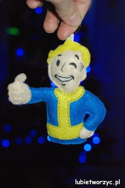 A Felt Vault Boy ;)  Crafting, crafting never changes! ;)  #instrukcja #instruction #instructions #handmade #rekodzielo #DIY #DoItYourself #handcraft #craft #lubietworzyc #howto #jakzrobic #instrucción #artesania #声明 #filc #felt #fieltro #毛氈 #Fallout #VaultBoy