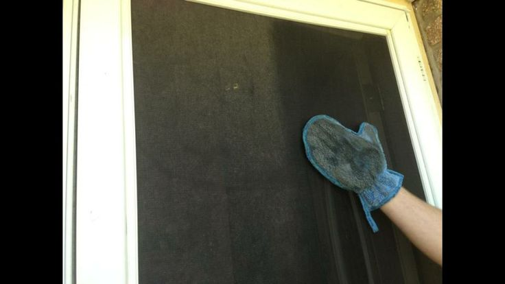 Norwex Dusting Mitt - use wet on screens to clean without having to take them down. www.leshawndifollman.norwex.biz