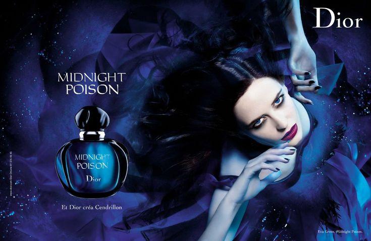 Publicité pour Midnight Poison (crée par François Demachy, nez de la Maison Dior).   Eva Green, vêtue d'une robe de Cendrillon couleur saphir, au regard perçant et aux lèvres rouge sang, égérie de Christian Dior pour Midnight Poison.