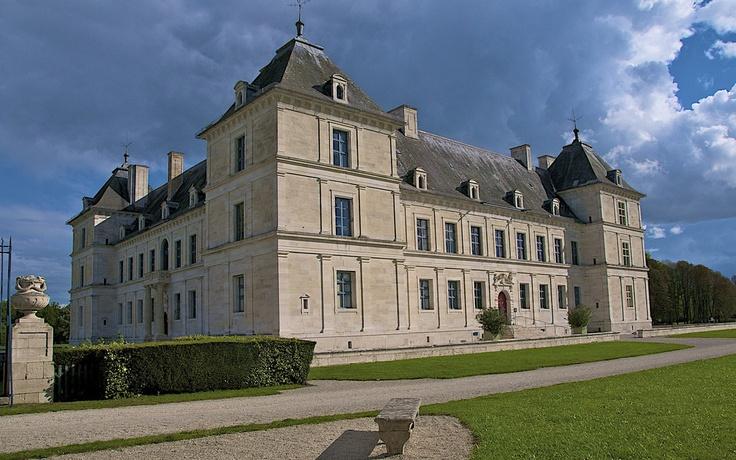 Ancy le Franc (Yonne - Bourgogne)