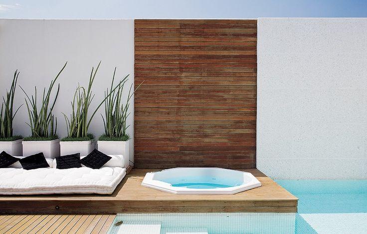 Spa para chamar de seu piscinas terrazas y spa for Jacuzzi interior barato
