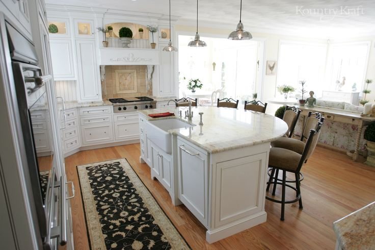 White Rock Painted Cabinets Designed By Hanford Cabinet And Woodworking In Old Saybrook Ct For A Traditional Style Kitchen