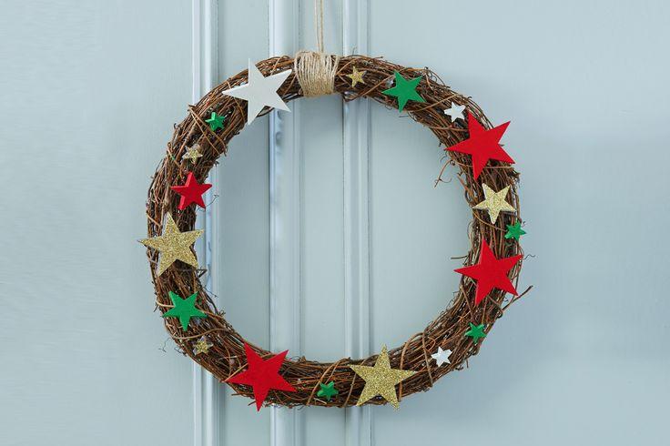 How to Make a Rattan Star Wreath #christmas #wreathmaking