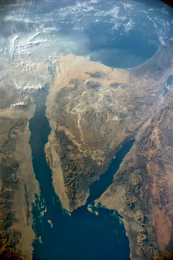 #Sinai peninsula from ISS. #Dahab #Nuweiba #desert #map
