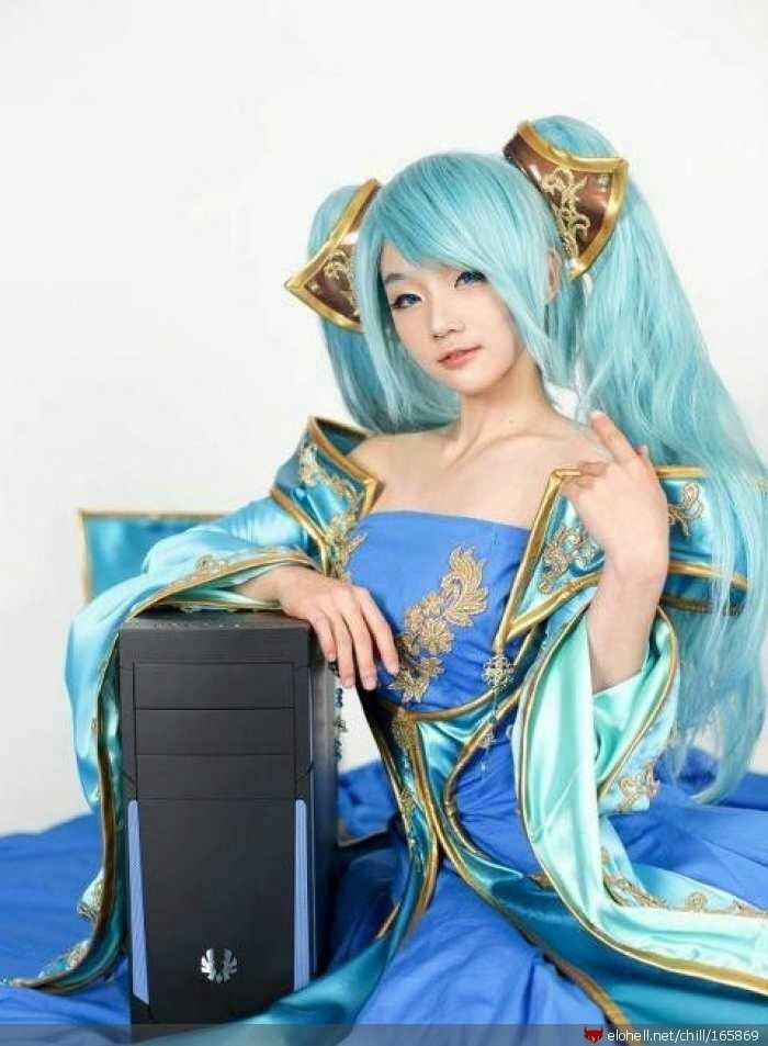 League of Legends - Sona cosplay | Cosplay | Pinterest ...