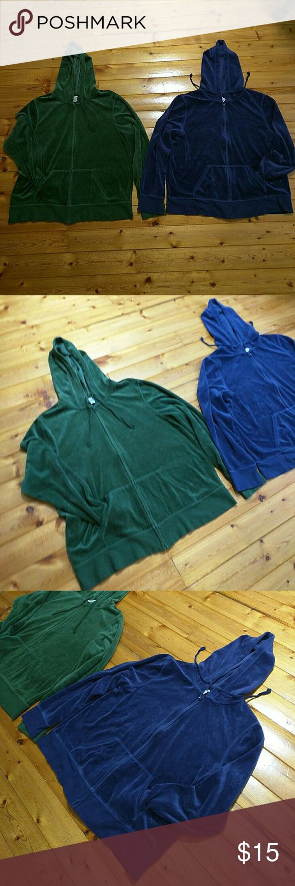 Old Navy Hoodies (two colors available) ??Please tell me your color choice with your purchase. Message me below. XL Hunter green Navy Blue Cotton Polyester blend Old Navy Tops Sweatshirts & Hoodies