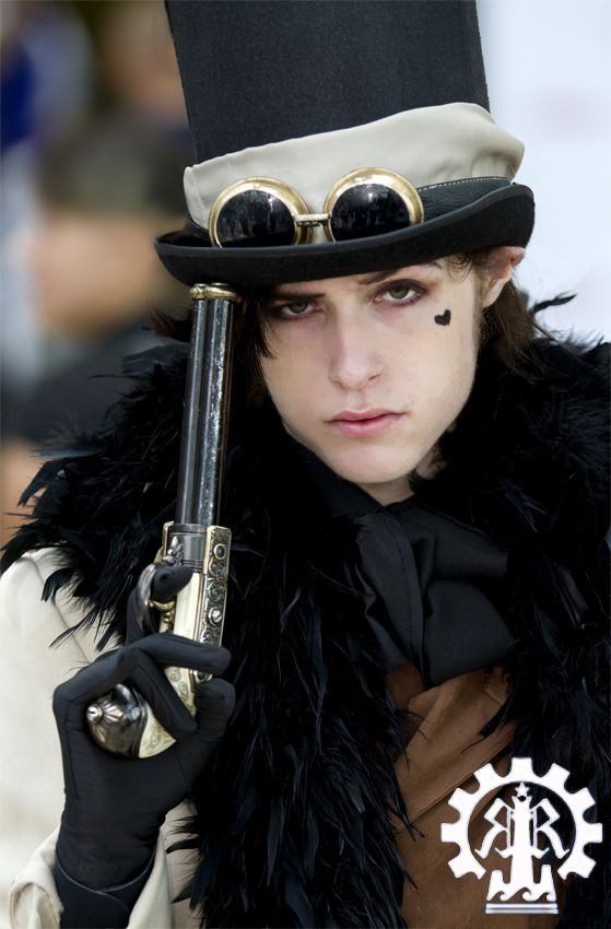 Reaver from Fable III; can't help it, men who like slightly girlish in feather boas make me blush pleasantly.