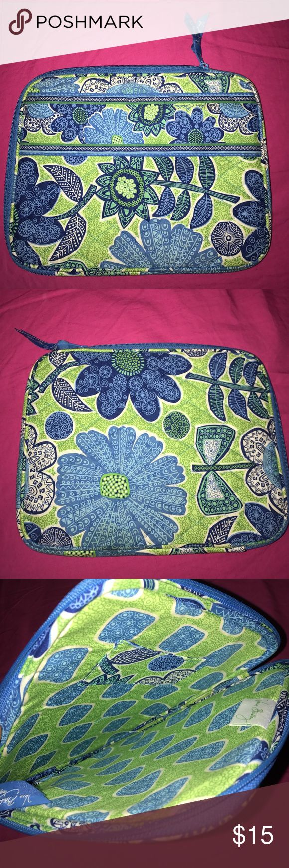 Vera Bradley Tablet Case! This is a Vera Bradley tablet case. It is in perfect condition. It has never been used before. It has a pocket inside. As you can see in the photos, it has a lovely pattern all over it. #vera #bradley #verabradley Vera Bradley Accessories Tablet Cases