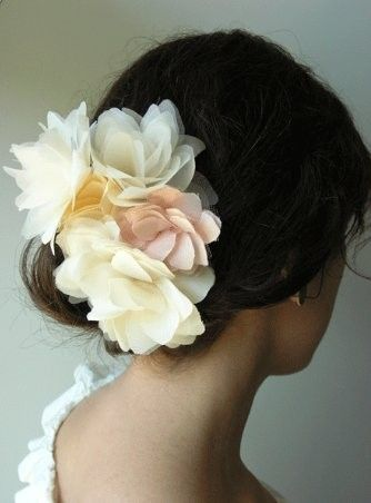 pretty hair accessories