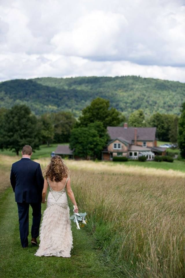 Love this beautiful photo of newlyweds at a New Hampshire farm. The bride looks amazing in her SUE WONG wedding gown!!!  #suewong #wedding #gown #marriage #love #bride #newlyweds