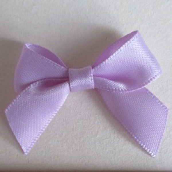 SATIN BOWS APPROXIMATELY 4cm ACROSS PANTONE COLOUR CHART -430 LIGHT ORCHID WEDDING STATIONERY SUPPLIES FROM www.vintagelaceweddingcards.co.uk PLEASE SHARE