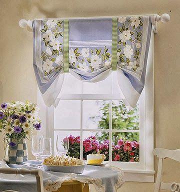 cortina feita com tecido de forro de mesa
