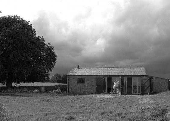 11:hareswood-barn.jpg