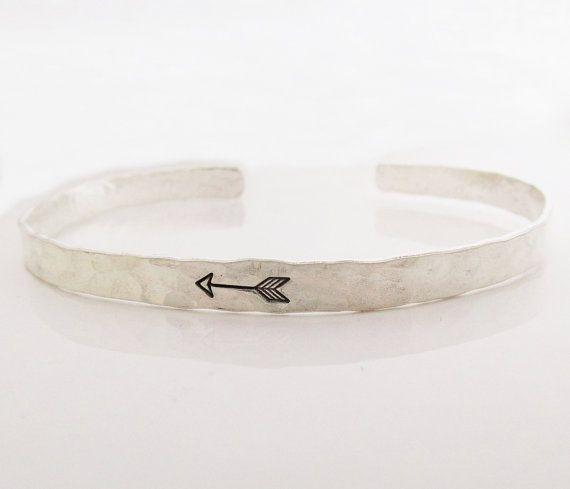 Mano de pulsera brazalete de plata de ley por JLynnCreations