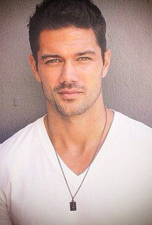 Ryan Paevey Picture
