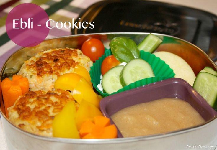 Zutaten für 10 Ebli-Cookies: 130 g Ebli (Sonnenweizen) 2 Möhren frische Kräuter (Schnittlauch, Petersilie, Basilikum) 2 EL Magerquark 1 Ei 3-4 EL Mehl Salz & Pfeffer aus der Mühle Öl zum braten…