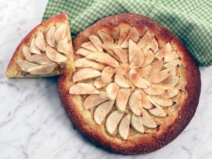 Briochepizza med äpple och kanel   Recept från Köket.se