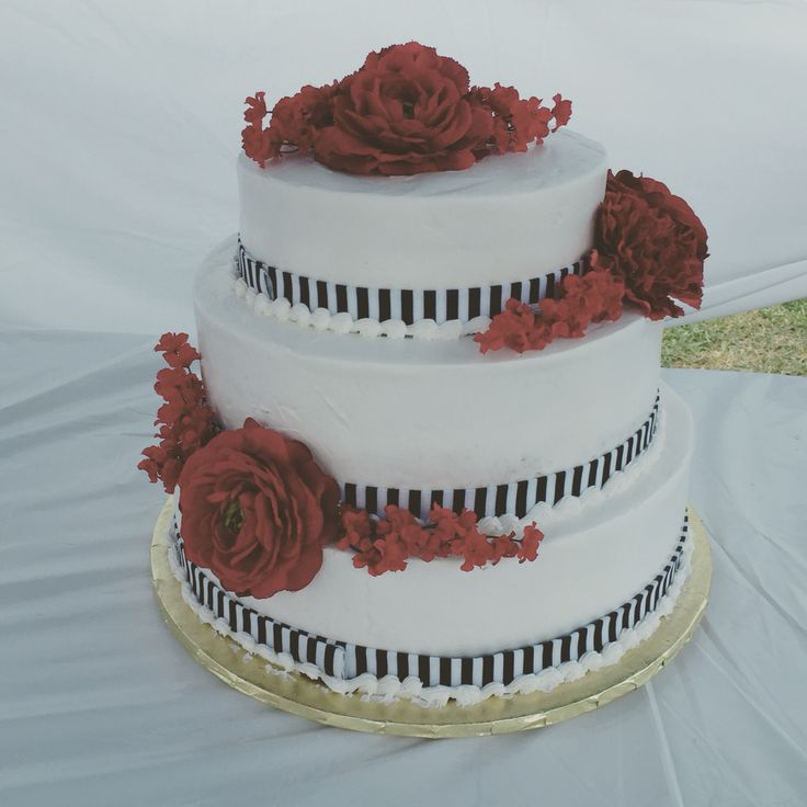Hmong inspired wedding cake