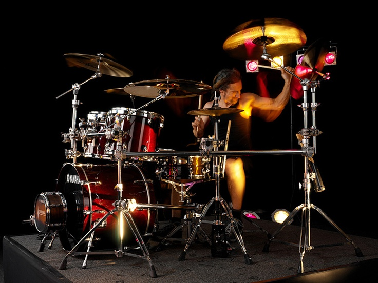 Best Drummers Images On Pinterest Books Drummers And Flower - Street drummer uses nothing more than scrap metal to creating amazing techno beats