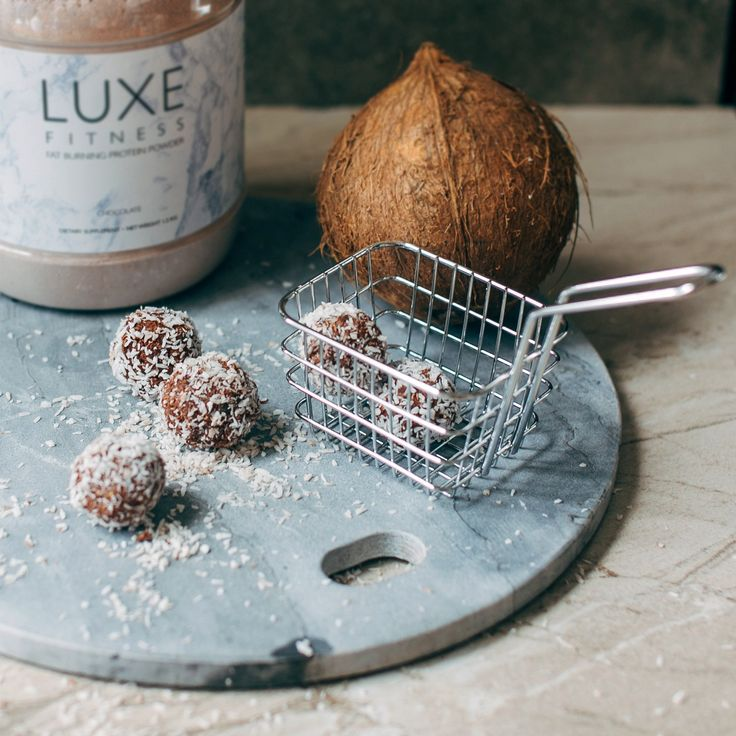 Prep and Cooking Time: 10 Minutes   Ingredients 1/2 cup Luxe Chocolate Protein Powder 1/4 cup unsweetened desiccated coconut 1/4 cup coconut oil 1 teaspoon vani