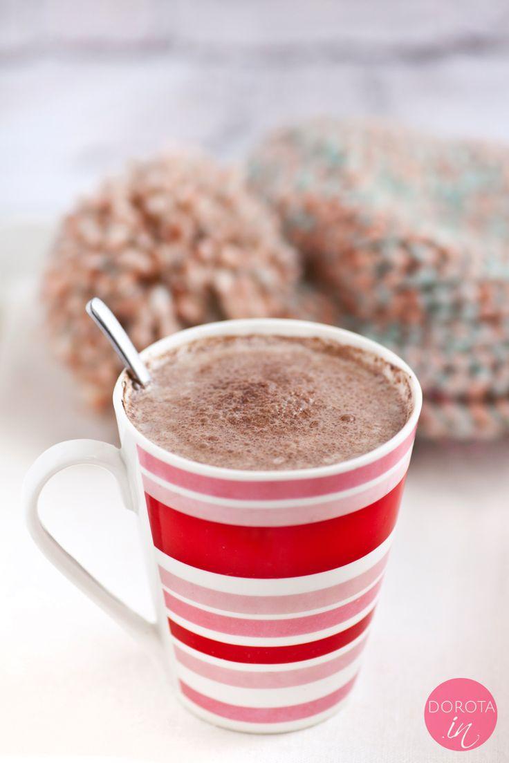 Kakao domowe o znanym, sprawdzonym składzie, bez sztucznych aromatów i innych niepotrzebnych dodatków.  http://DOROTA.iN/kakao-domowe/  W przepisie propozycje dodatków smakwych, np. wanilii czy cynamonu.  Z czym najlepsze i o jakiej porze?  #food #chocolate #czekolada #kuchnia #przepis #kakao